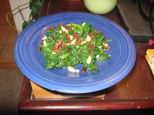 spinach-with-raisins-and-pine-nuts.jpg